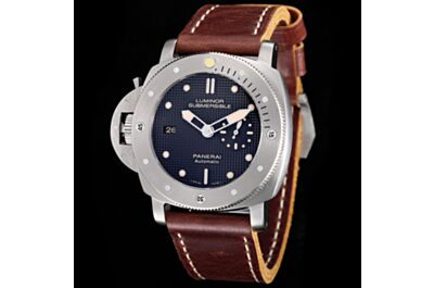 Panerai Submersible Black Plaid Dial Date Small Seconds Gear Stainless Steel Bezel Brown Strap Watch