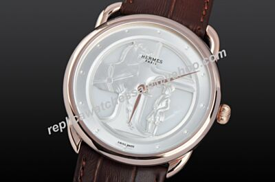 Hermes Arceau Automatic 43mm Gens 18K Champagne Gold Bezel Watch