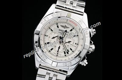 Breitling Chronomat  44mm Day Date Gents Silver Bracelet  Watch