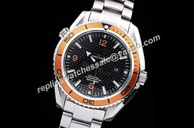 Omega Seamaster 600m 007 Limited Edition Ref 2208.50.00 Planet Ocean White Gold Bracelet Watch