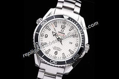 Gents Omega Seamaster Co-axial 600m Professional  Silver Bracelet  Date Watch