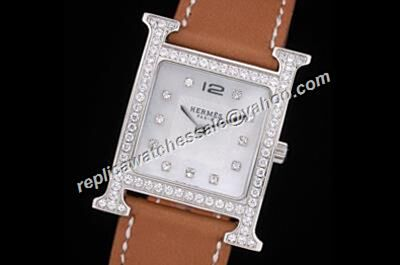 Hermes Heure H 18k White Gold Diamond Bezel 26mm Silver Face Quartz Watch