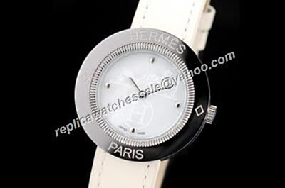 Hermes Paris Passe Passe Ref.PP1.210 Silver Steel Case Quartz Lady Watch