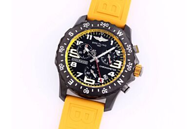 Breitling X82310A41B1S1 Professional Yellow Rubber Strap Yellow Inner Dial Pulsometer Scale Rotatable Black Compass Bezel Watch