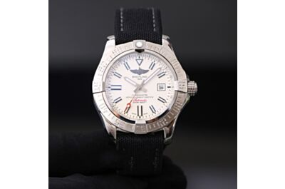 Breitling Avenger Automatic Mechanical Stainless Steel Case White Dial Date Window Black Canvas Strap Watch Fake