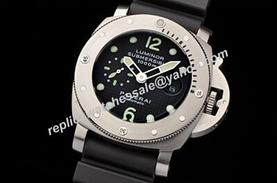 Panerai Luminor Submersible 1000m PAM 00243 Steel Automatic Diving Men's Watch
