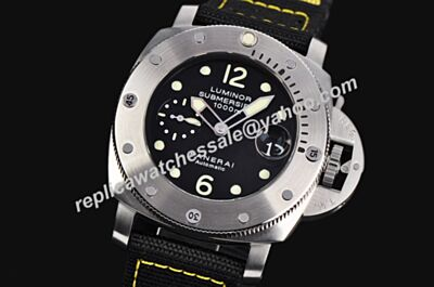 Panerai Luminor Submersible 1000m PAM 00024 Auto 44mm Steel Swiss Movement Date Watch PNH100